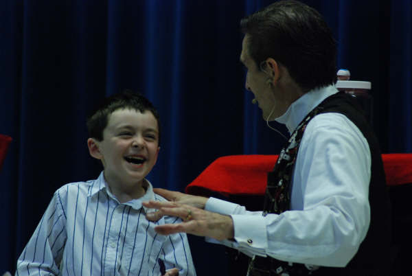 Charlotte Magician Creating lots of laughter
